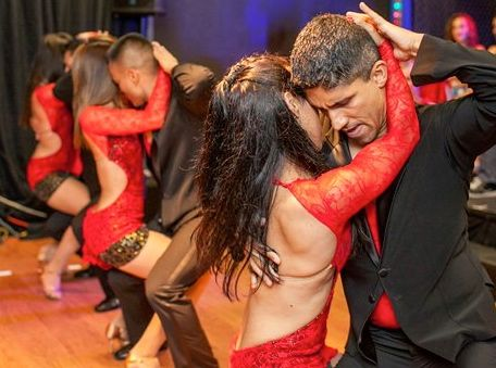 Bachata group for beginners in Tallinn