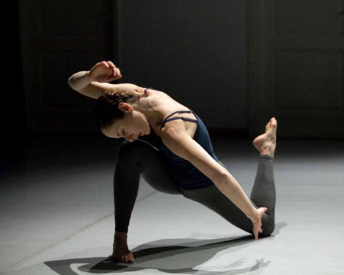 Creative and improvisational dance for women